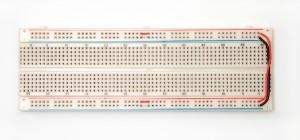 Lehimsiz devre üretimi için prototip kartı. Breadboard.